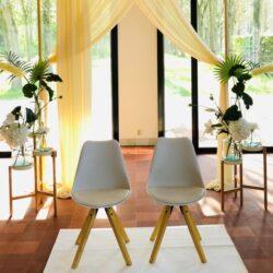 Bruiloftdecoratie Trouwstoelen huren